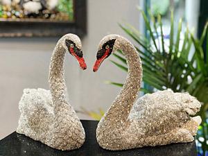 clarita-brinkerhoff-swarovsky-swans